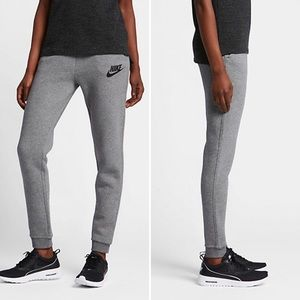 Nike • Rally Sweatpants in Carbon Heather Gray